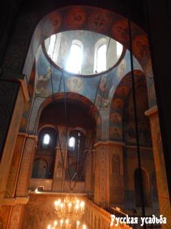 Внутреннее убранство Софийского собора. Фото Писанова С.