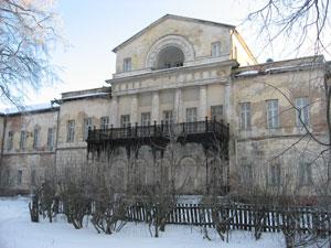 Главный дом в усадьбе Алексино