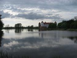 Замок в Мире